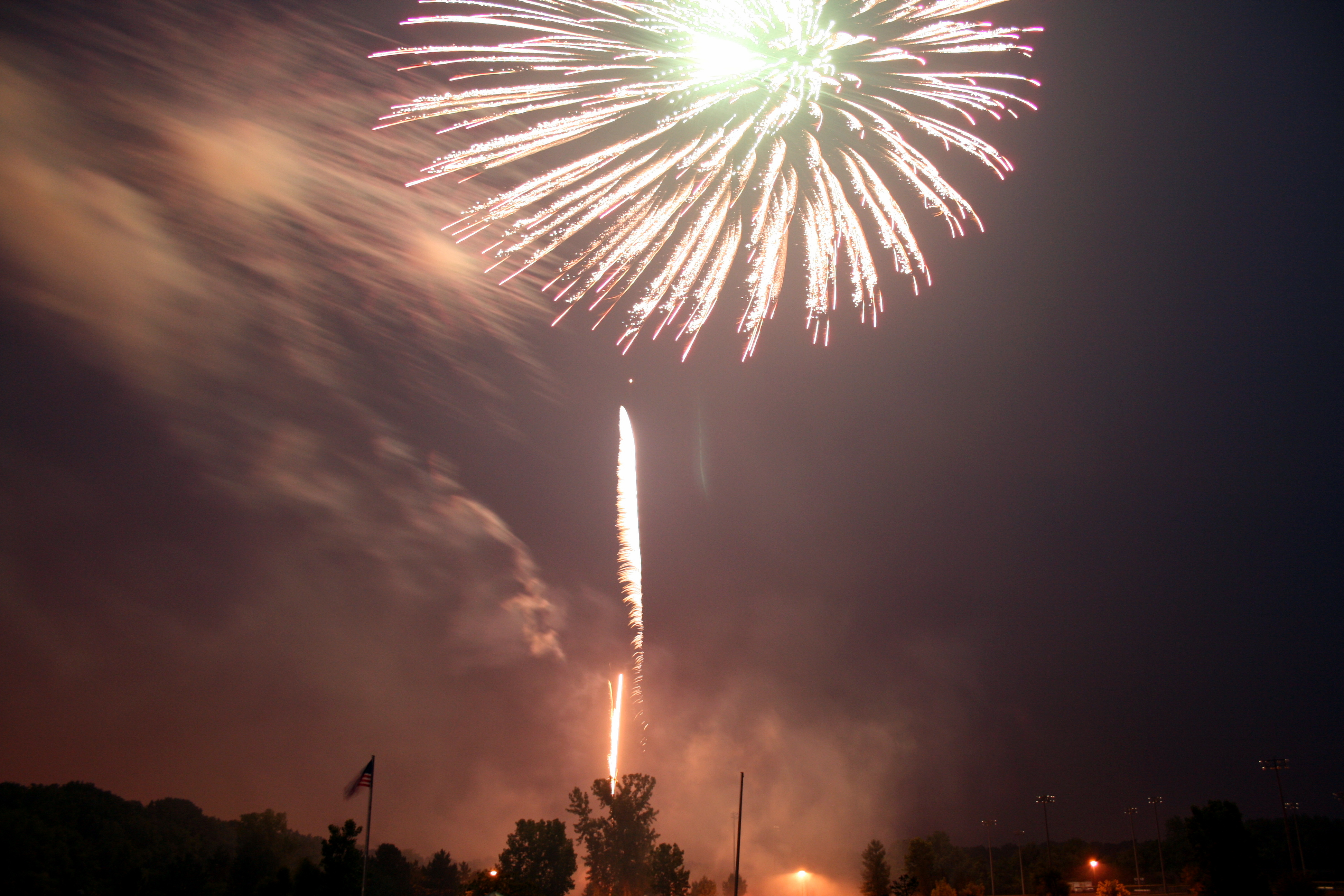 Fireworks III by dhunley
