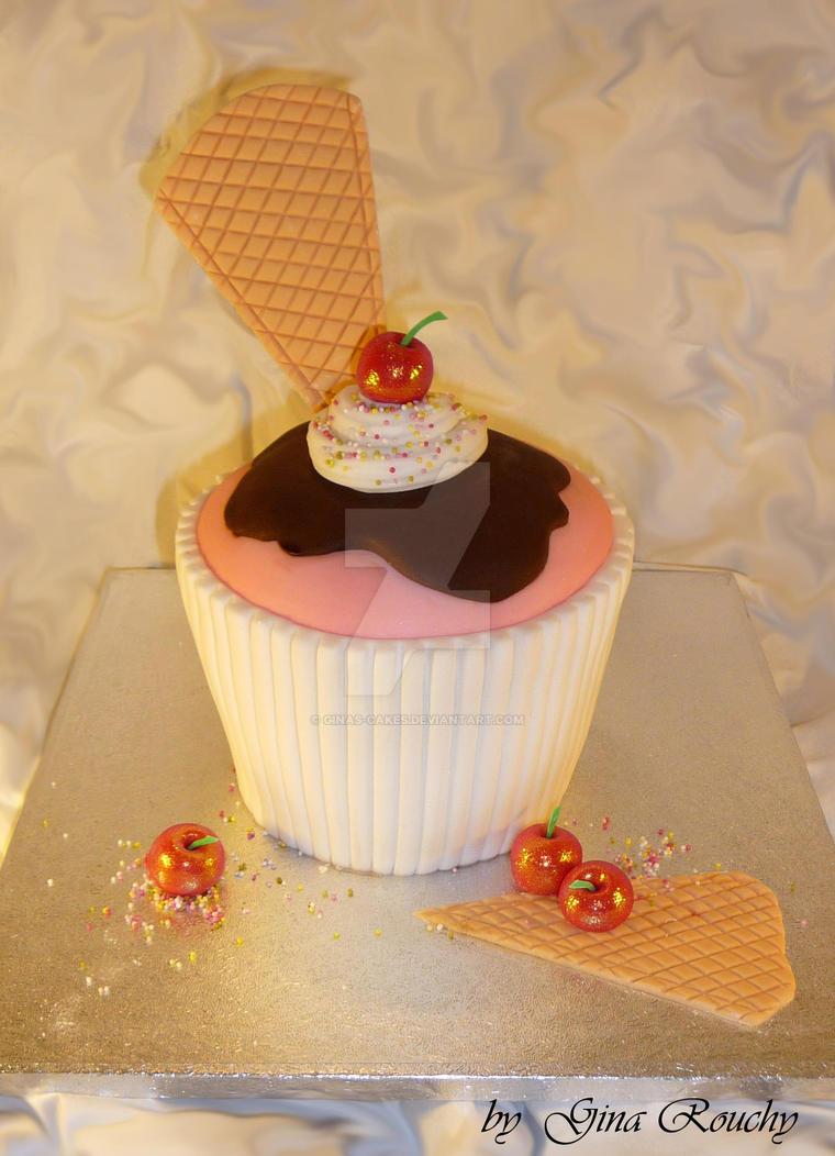 Cupcake Cake by ginas-cakes