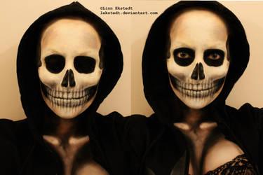 Skull Makeup by Lekstedt