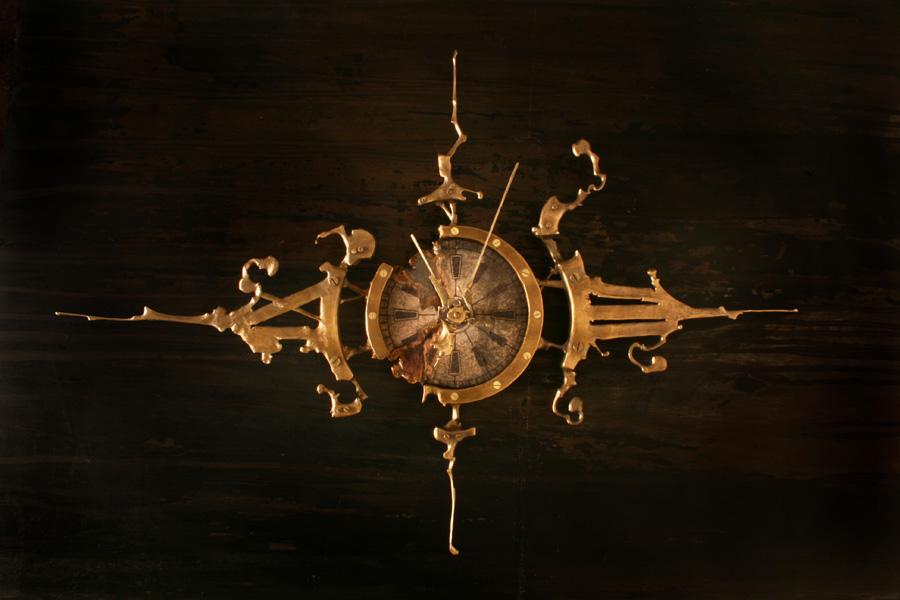 Часы из дерева и никаких гвоздей
