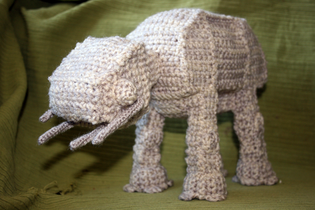 crochet_at_at_by_soggy_wolfie-d2ya9wi.jpg