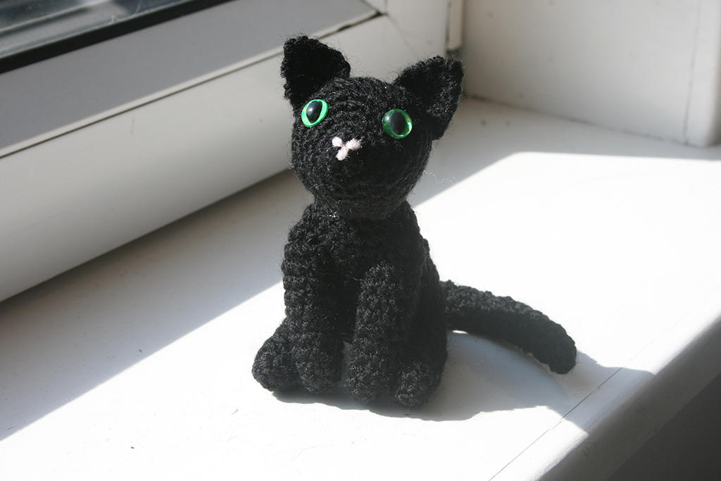 Amigurumi Pattern: Sam - Halloween Black Cat - Tarturumies | 683x1024