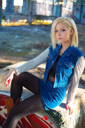 Android 18 Cosplay by Lie-chee