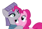 Pinkie and Maud Pie hug
