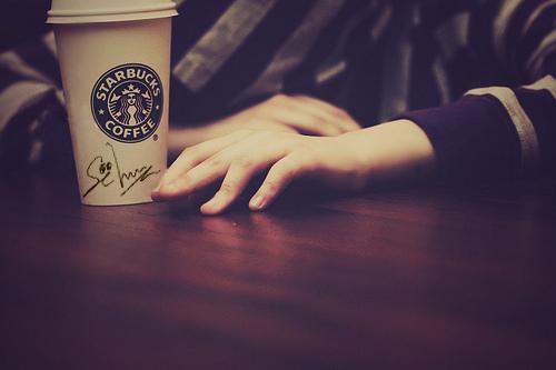 Cafe-Firma-Sehun - Sasaeng (EXOfanfic) by saraiportillo