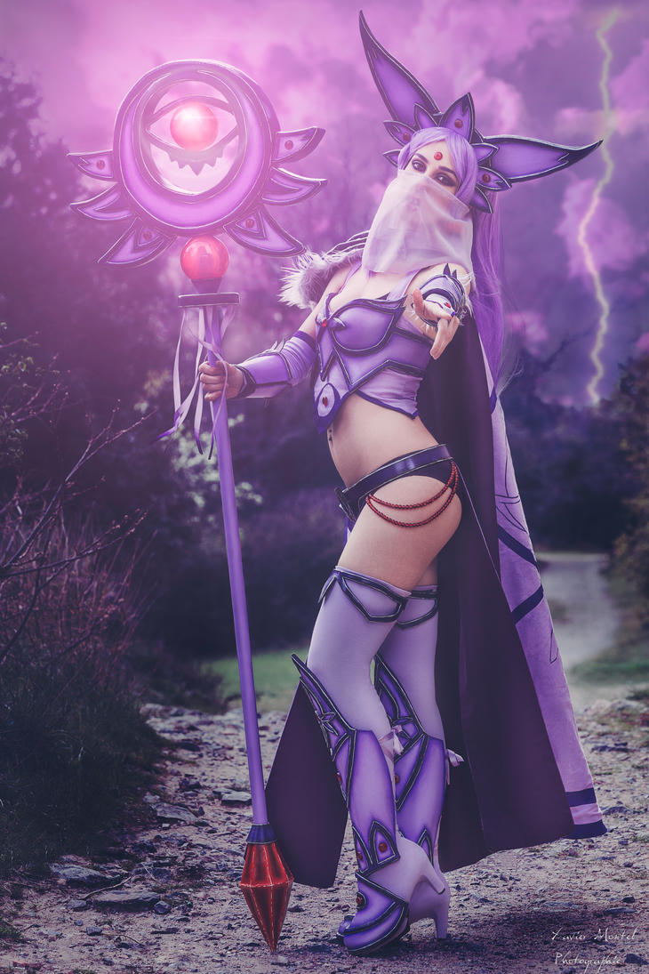 Espeon Gijinka Cosplay ( Pokemon ) by YuukoScarlet