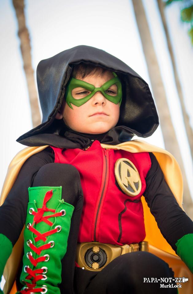 Robin Damian Wayne by ComicChic19 on DeviantArt  Damian Wayne Robin Costume