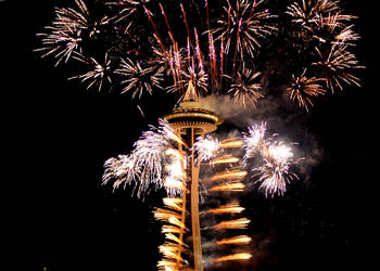New Years at the Needle 2012 by Momofbjl