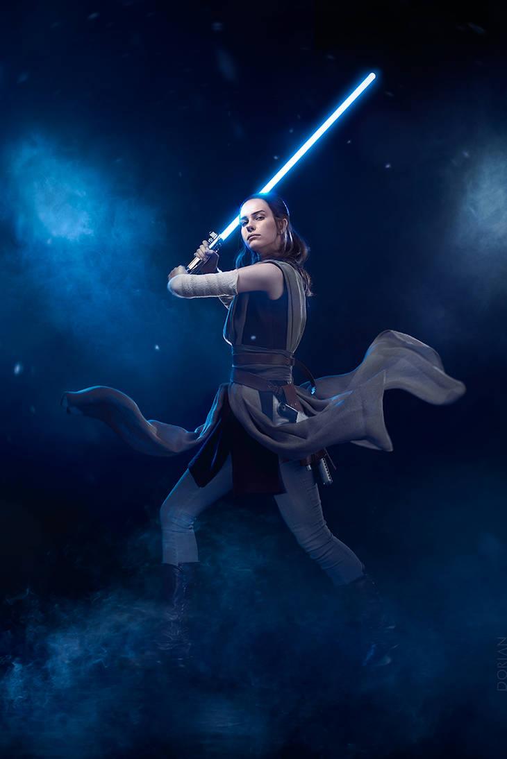 Rey from Jakku by Karenscarlet