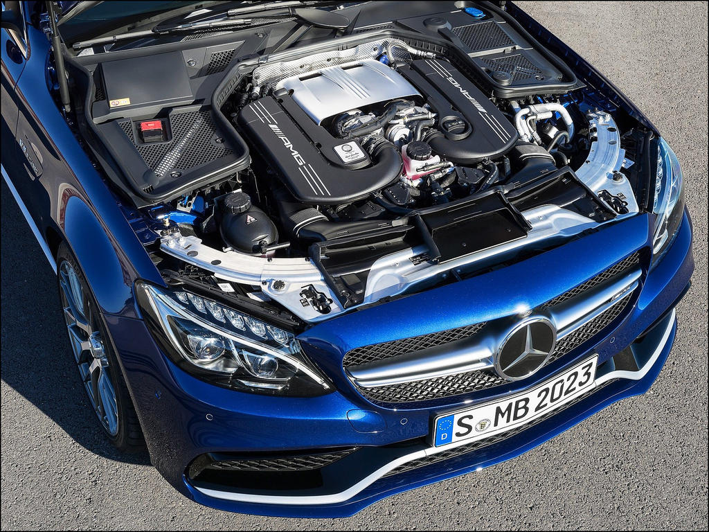 Mercedes-Benz C 63 AMG Engine by D3516N3R