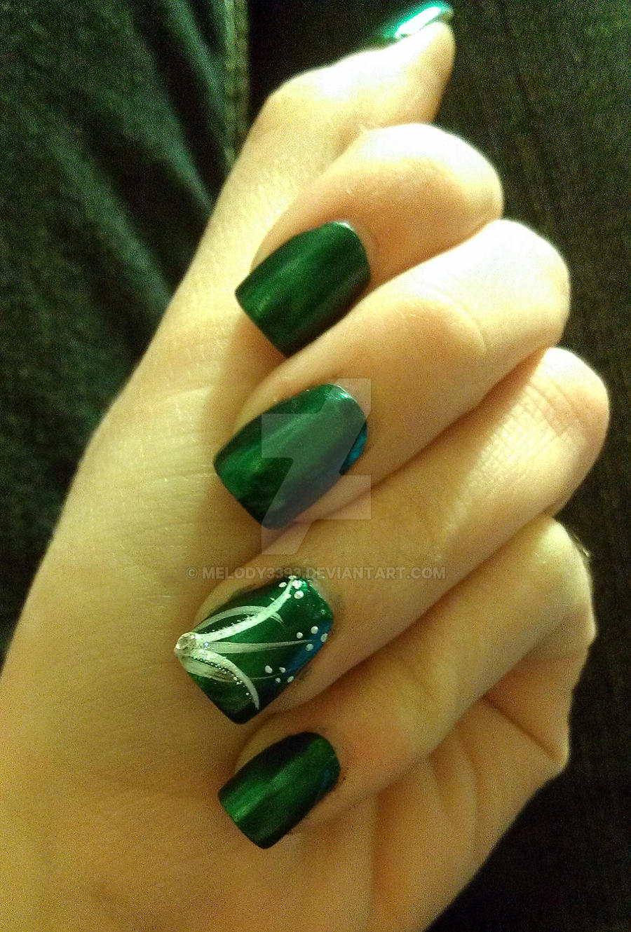 Pretty Green Silver And White Nails By Melody3393 On Deviantart