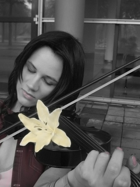 Gentle music - Aerith by FuriaeTheGoddess