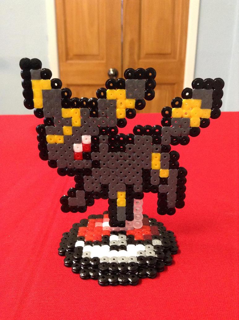 Pokemon: Umbreon- Hama Design by Dogtorwho