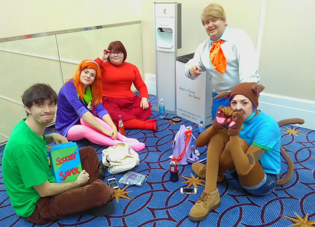 Scooby gang by yellowdragonflower