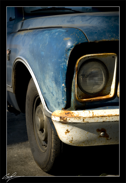 Old Truck by frankrizzo