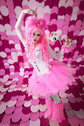 Trash in Pink by Ophelia-Overdose