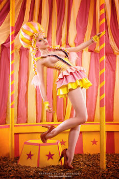 Candy floss circus