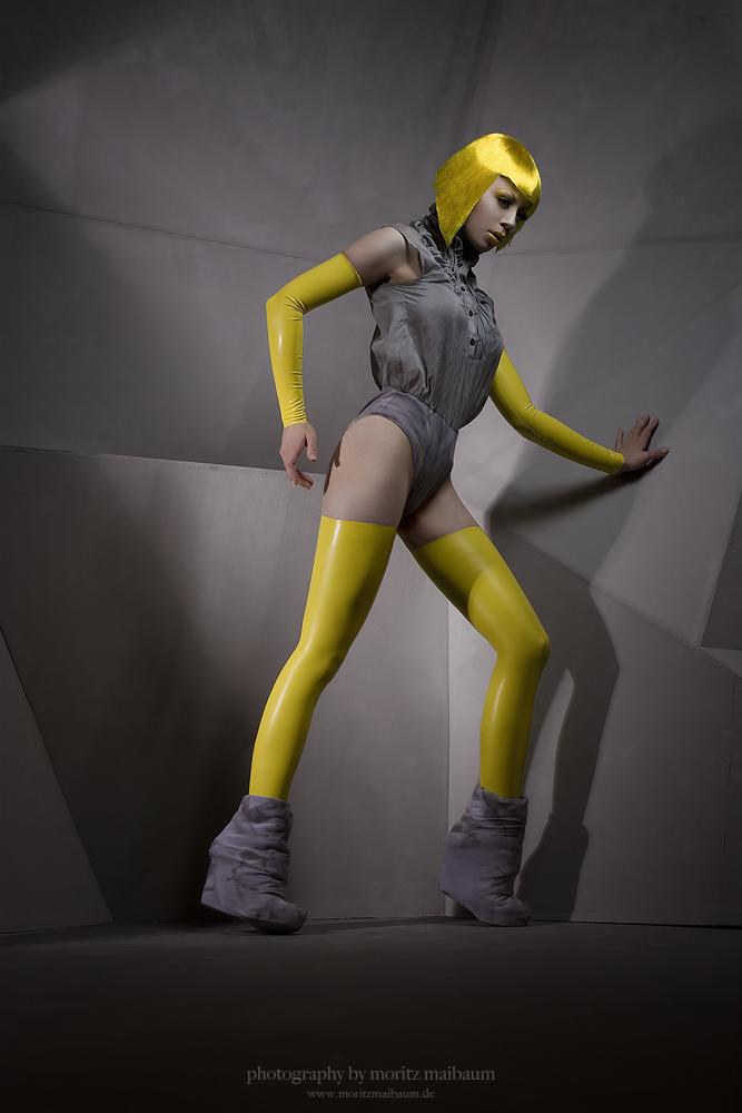 Robotic by Ophelia-Overdose