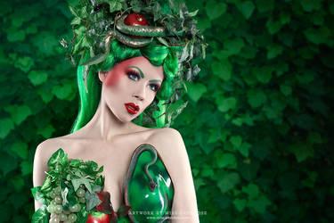 Forbidden fruit by Ophelia-Overdose