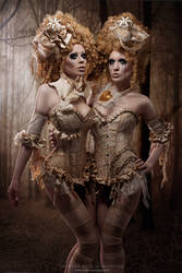 Victorian Dolls by Ophelia-Overdose