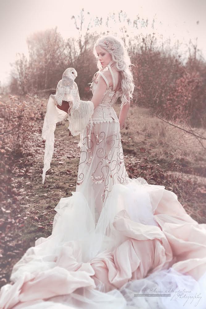 Snow White by Ophelia-Overdose