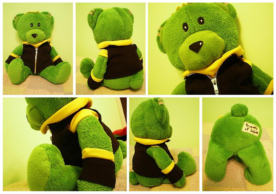 Hulkling 'Teddy' Bear by AwesomeTikiWiki