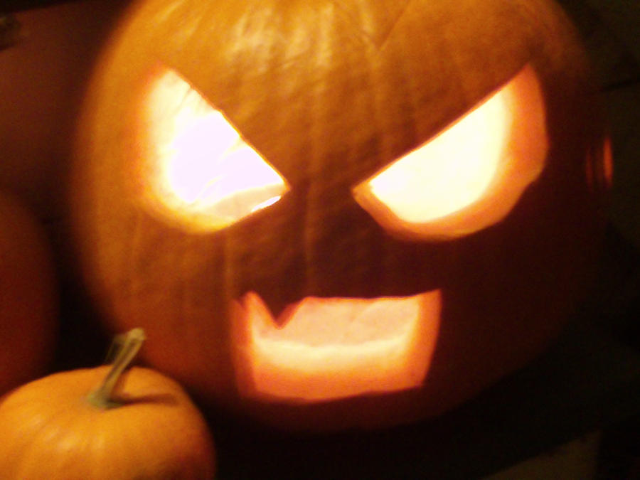 Skellington Clan Angry_anime_pumpkin_by_swervestar-d31x61w