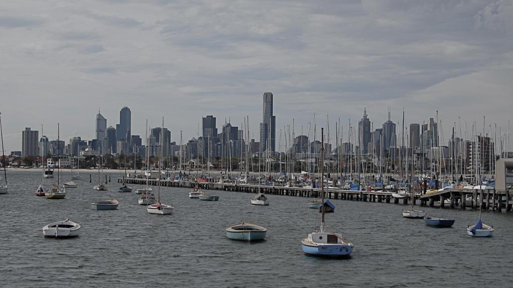 Melbourne Skyline by rmbastey