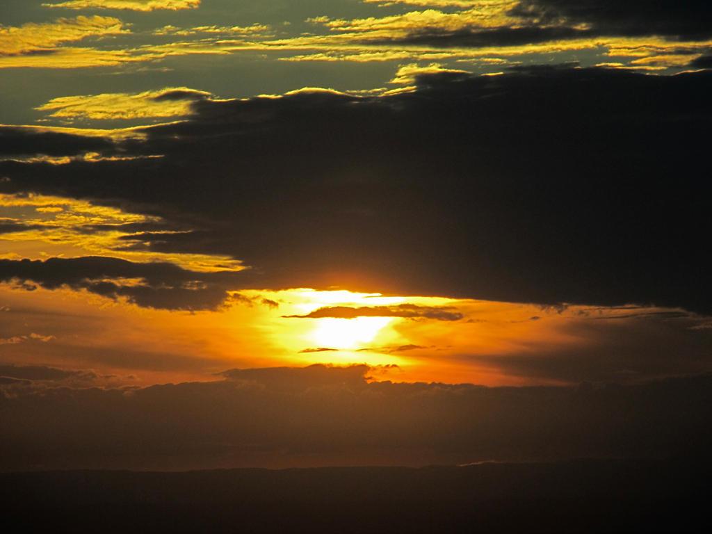 Eureka Sunset by rmbastey