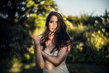 Iris by lydiahansen