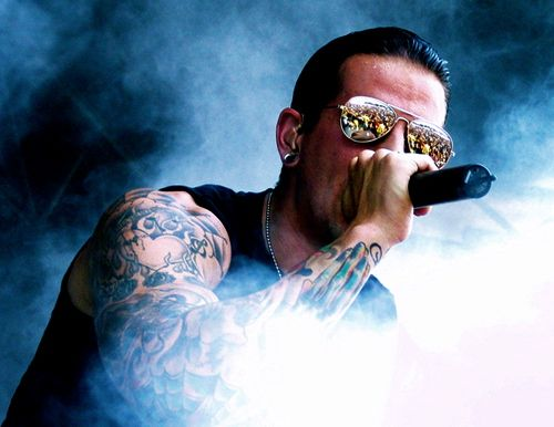 M Shadows Singing Wallpaper M.Shadows-A7x by TheRe...
