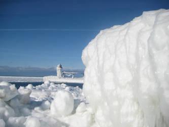 ice tower by Luusan