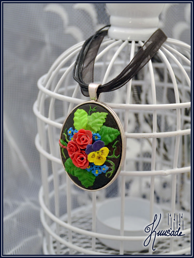 Clay embroidery - Flower bouquet cameo by Seatear