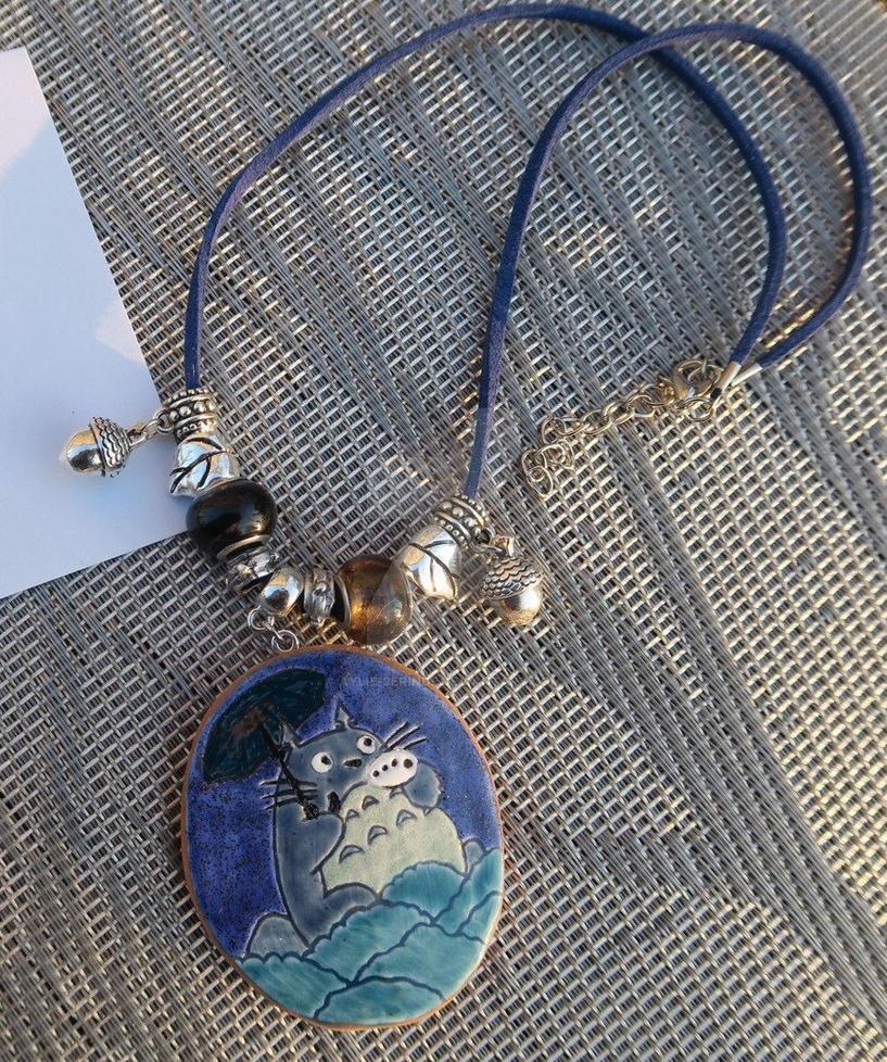 Totoro pendant by Aylie-Serinde