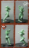 Thrower of Blood Bowl Amazon Team (miniature)