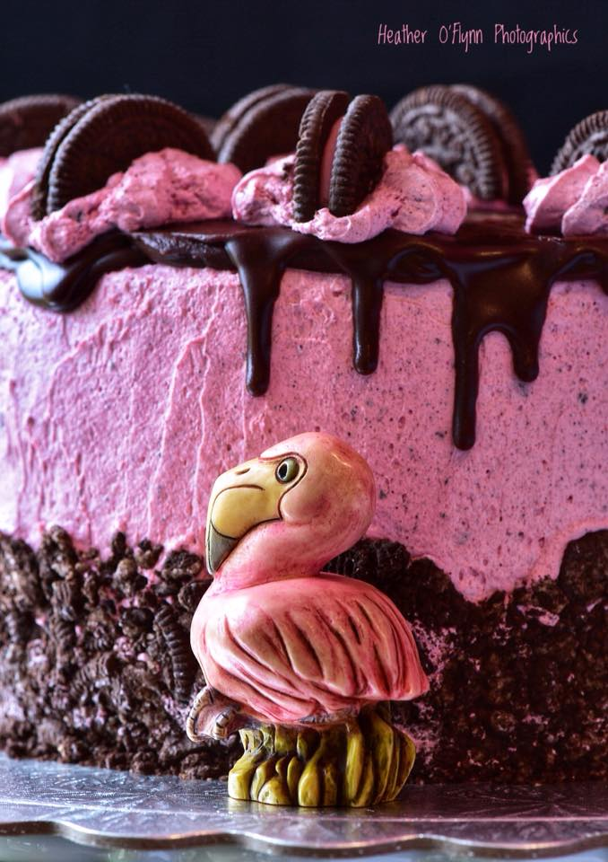 Pink Flamingo Cookies-and-Cream Cake 02 by Stu08