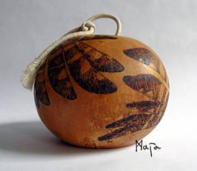 ornamented cabaca: Owl - viola