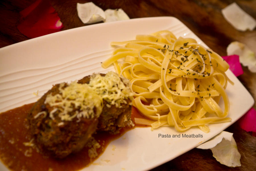 Pasta and Meatballs by Foodtrip