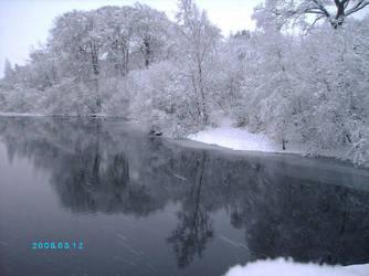 reservoir - snowy by dr-druids