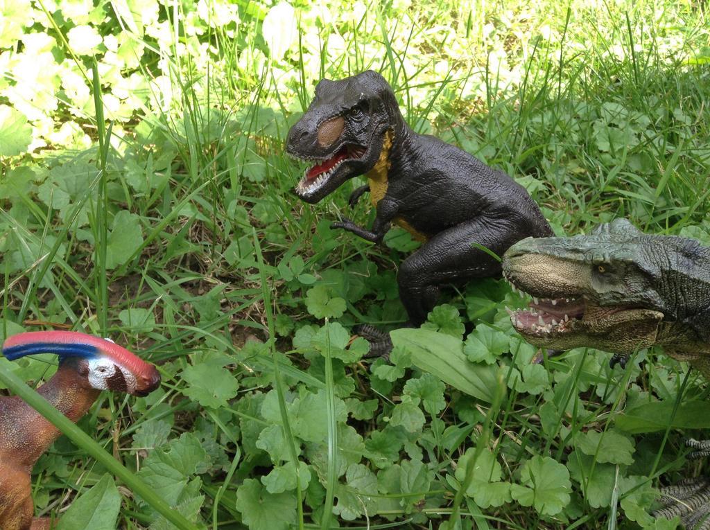 TeamWork Pays Off by SpinosaurusQueen