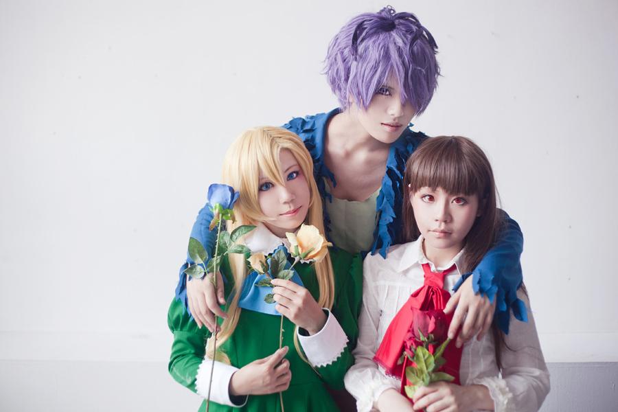 IB - Rose Trio by Sakina666