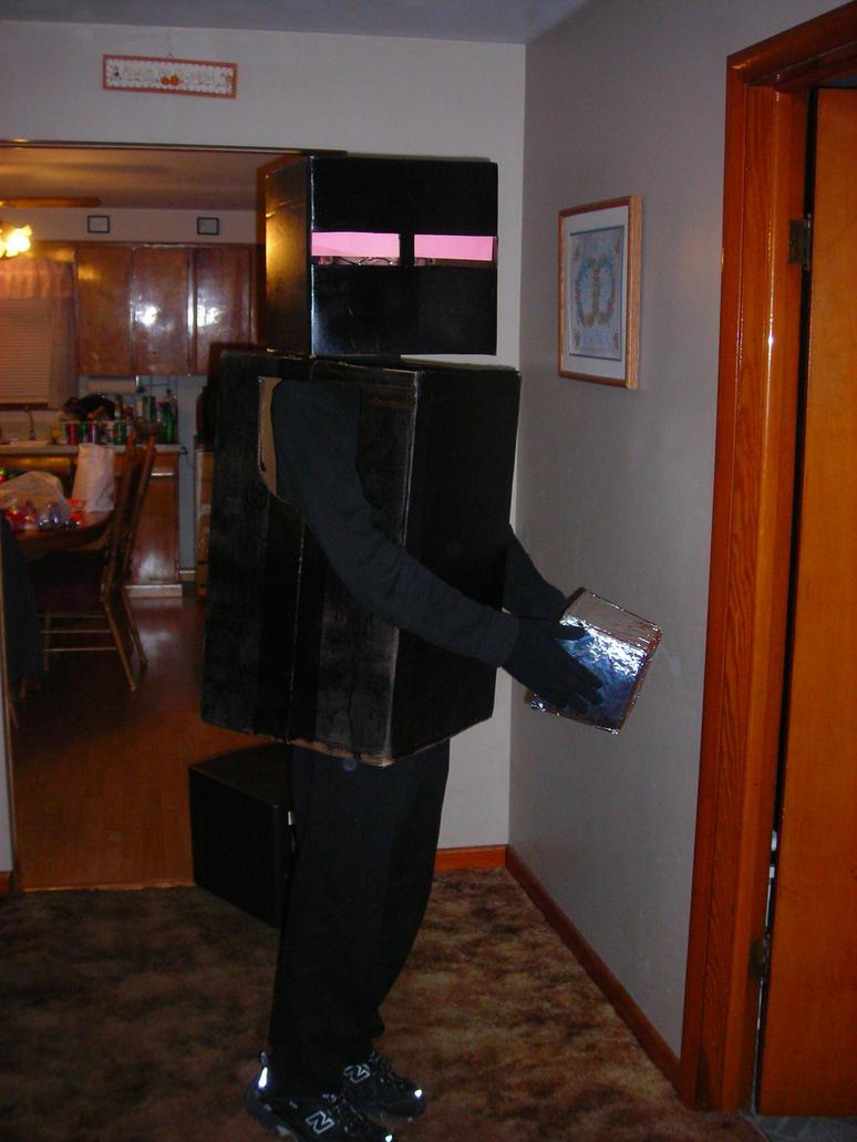 EnderMan Halloween Costume by Waddle-Dance