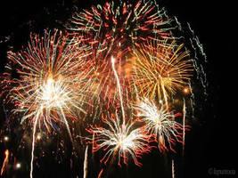 Fireworks by lupuntocia