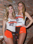Hooters TG