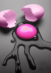 pink egg by bas7a