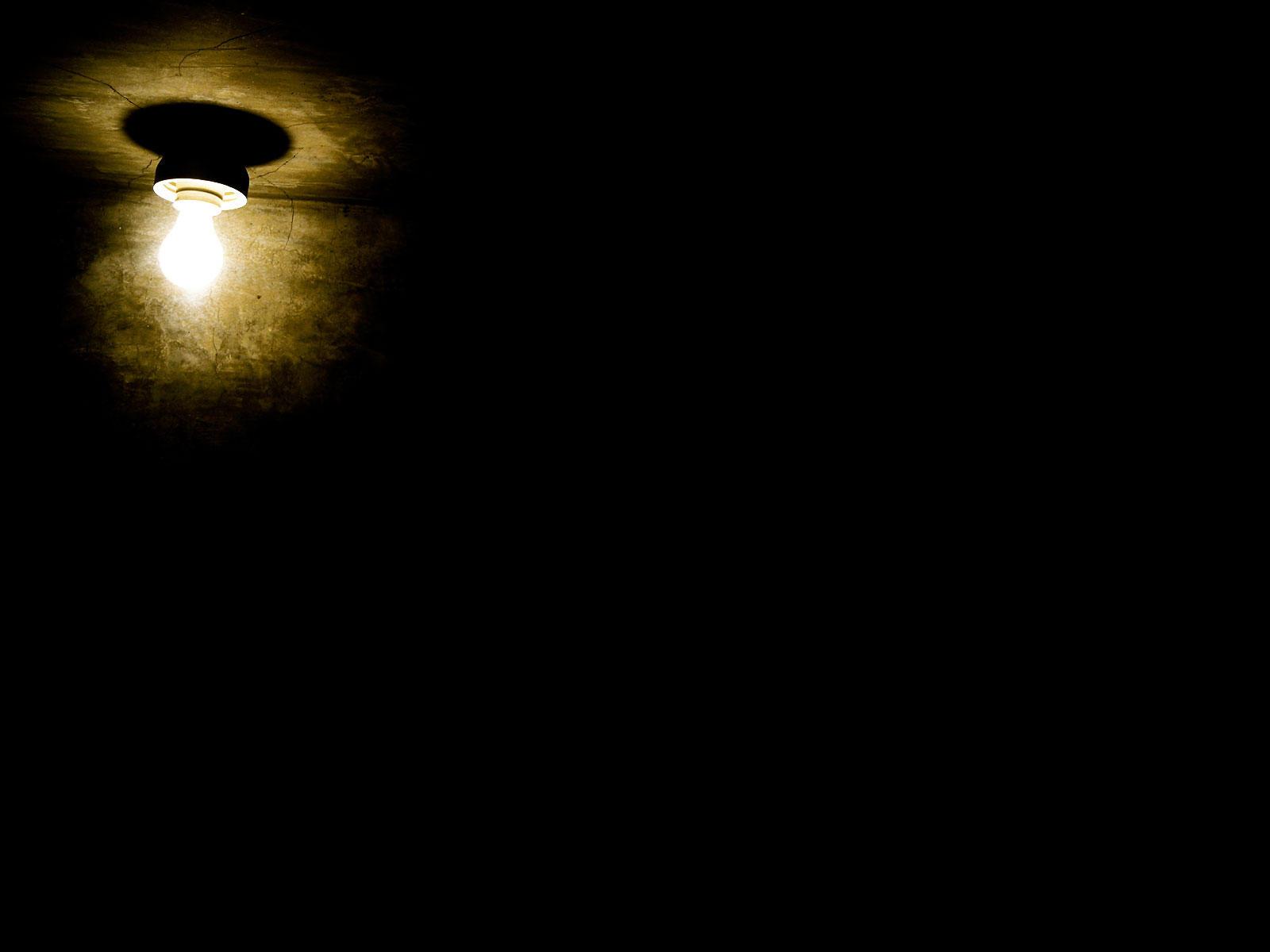 [Image: Little_lamp_in_dark_room.jpg]