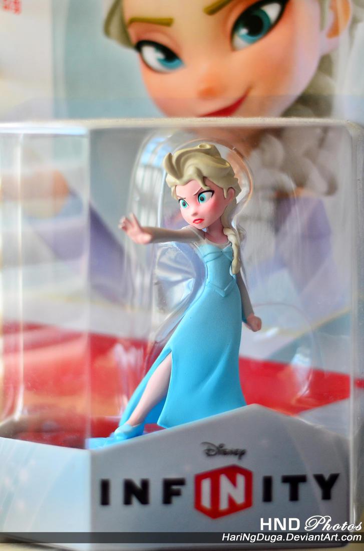 Infinity Elsa by HariNgDuga