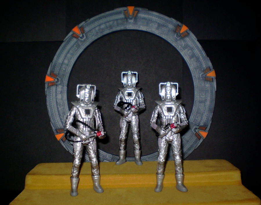 Cybermen At The Gate by CyberDrone