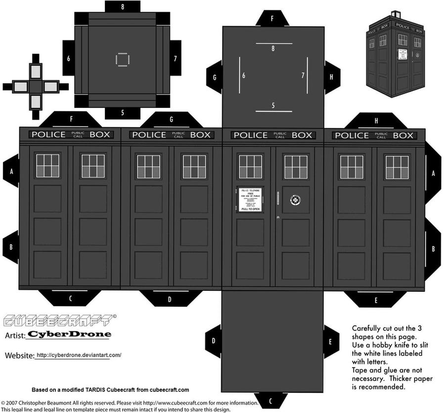 Cubee - Classic TARDIS B-W by CyberDrone