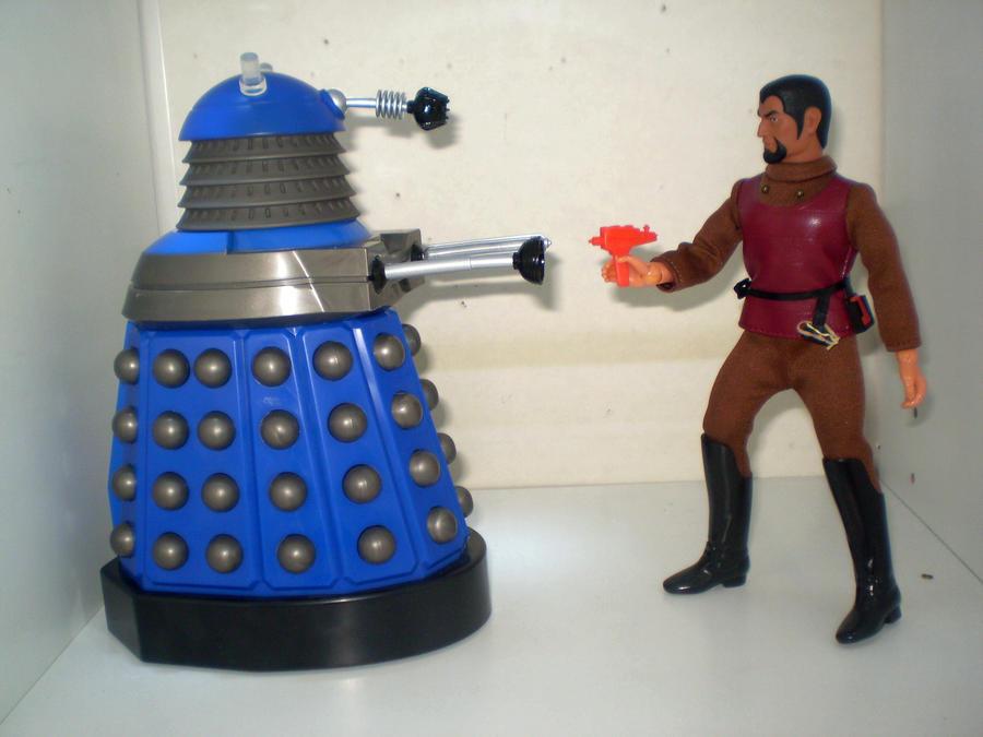 Dalek Vs Klingon by CyberDrone